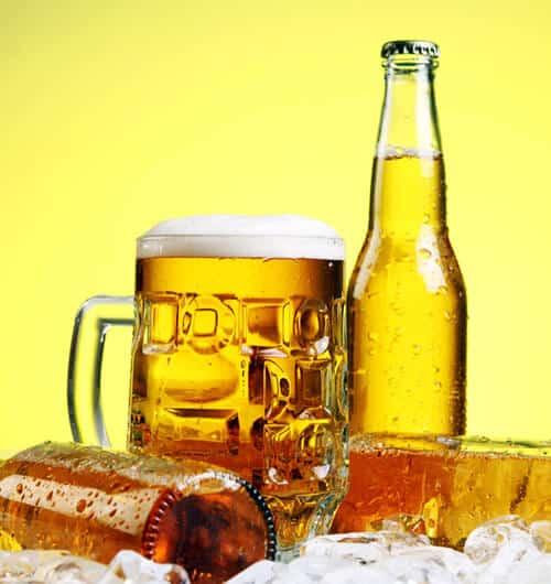 5 อาหารที่กระตุ้นให้เกิดสิว เบียร์